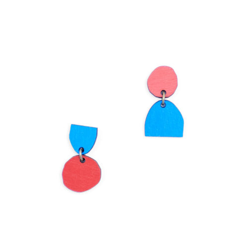 Materia Rica stud earrings composition 44