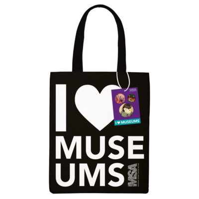I love museums tote bag