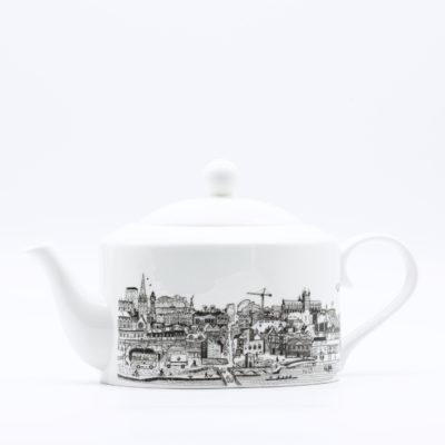 Exeter cityscape teapot