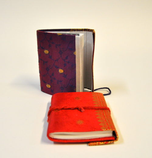 Sari notebook small